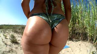 Handjob at the beach in POV
