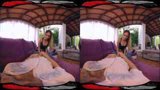 Get a blowjob by Briana ! VR by MMM100 Video
