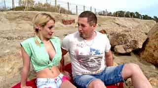 Pornstar Chessie Kay Sex scene on the beach Video